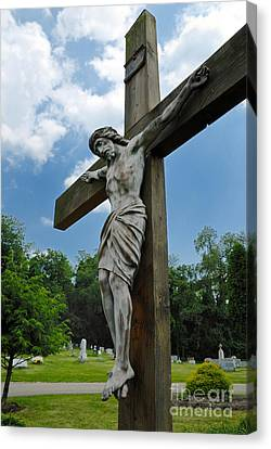 Crucifix Statue St James Cemetery Sewickley Heights Pennsylvania Canvas Print by Amy Cicconi