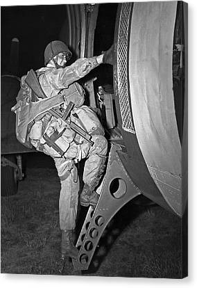 D-day Paratrooper Ready Canvas Print by Underwood Archives