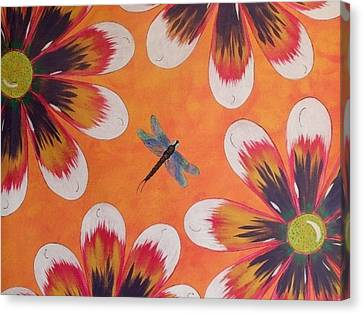 Daisy And Dragonfly Canvas Print by Cindy Micklos