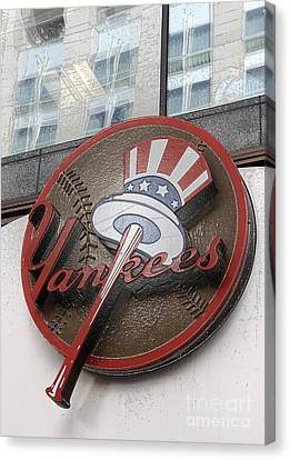 Damn Yankees Canvas Print by David Bearden