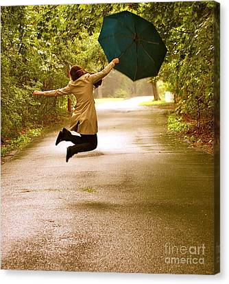 Canvas Print featuring the photograph Dancing In The Rain by Susan Elise Shiebler