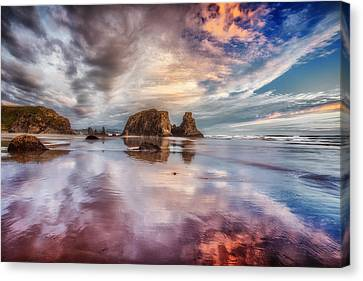 Dancing Sunset Canvas Print by Darren  White