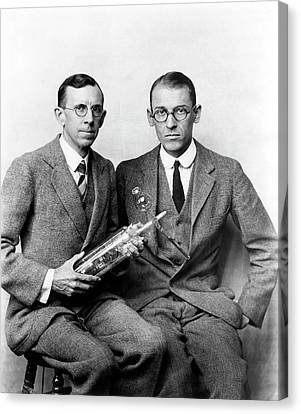 Davisson And Germer Canvas Print