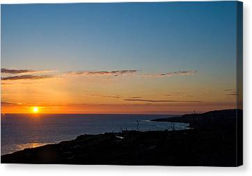 Canvas Print featuring the photograph Dawn Of A New Day by Joseph Hollingsworth