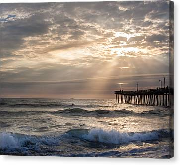 Canvas Print featuring the photograph Dawns Ocean Rays by Dawn Romine