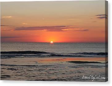 Dawn's Waves Canvas Print by Robert Banach