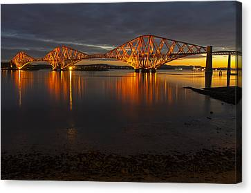 Daybreak At The Forth Bridge Canvas Print by Ross G Strachan