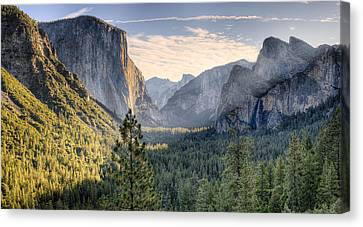 Daybreak In The Valley Canvas Print