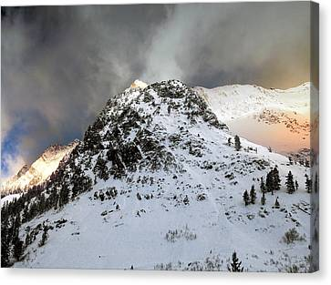 Canvas Print featuring the photograph Daybreak On The Mountain by Jim Hill