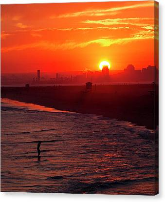 Canvas Print featuring the photograph Days End by Tom Kelly
