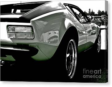 Canvas Print featuring the photograph De Tomaso Pantera  1973 by Linda Bianic