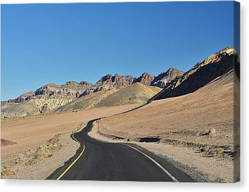 Canvas Print featuring the photograph Death Valley Meander by Dana Sohr