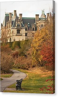 Canvas Print featuring the photograph December Walk At The Biltmore by Tammy Schneider