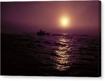Deep Sea Fishing Off West Port Wa II Canvas Print by Greg Reed
