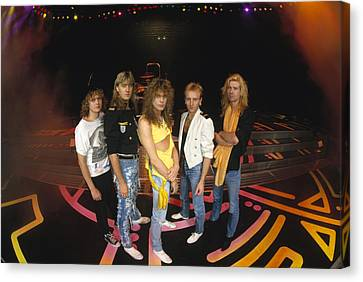 Def Leppard - Round Stage 1987 Canvas Print by Epic Rights