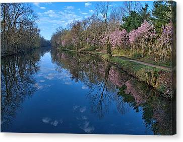 Delaware And Raritan Canal Turning Basim Canvas Print by Steven Richman