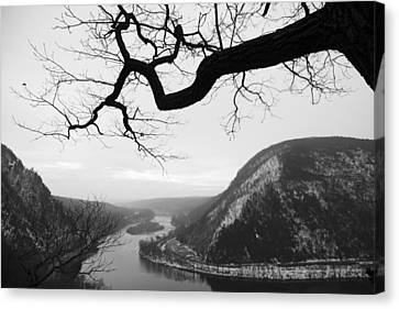 Delaware Water Gap In Winter Canvas Print