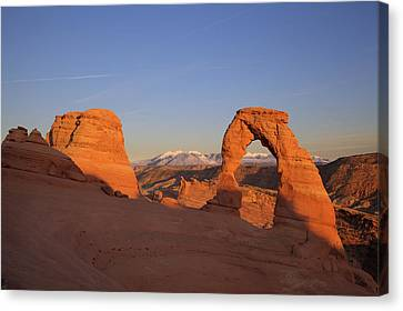 Delicate Arch At Sunset-2 Canvas Print by Alan Vance Ley