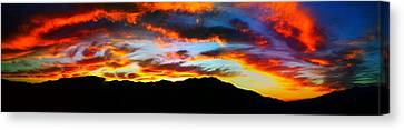 Canvas Print featuring the photograph Desert Sunset 15 by Chris Tarpening