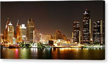 Detroit Skyline At Night-color Canvas Print