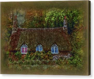 Devonshire Cottage Canvas Print by Hanny Heim