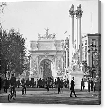 Dewey's Arch Monument Madison Square New York 1900 Canvas Print