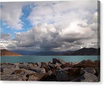 Diamond Valley Lake - California Canvas Print by Glenn McCarthy Art and Photography