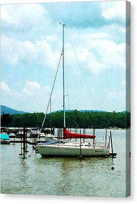 Canvas Print featuring the photograph Docked On The Hudson River by Susan Savad