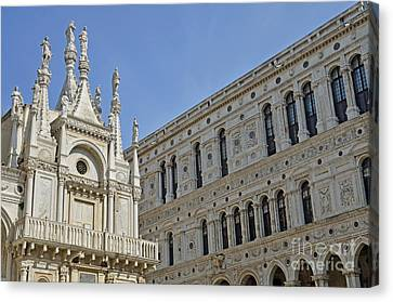 Canvas Print - Doges Palace Courtyard by Sami Sarkis