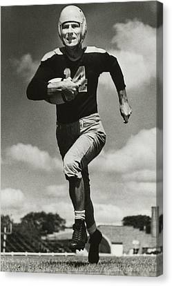 Sports Legends Canvas Print - Don Hutson Running by Gianfranco Weiss