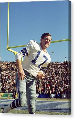 Don Meredith Warms Up Canvas Print by Retro Images Archive
