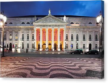 Dona Maria II National Theater At Night In Lisbon Canvas Print by Artur Bogacki