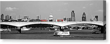 Double Deckers On The Waterloo Canvas Print by Arnel Manalang