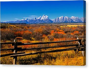 Canvas Print featuring the photograph Down In The Valley by Greg Norrell