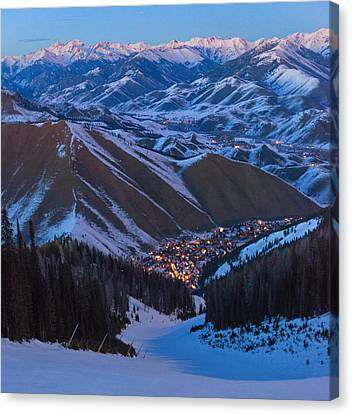 Down To Warm Springs Canvas Print