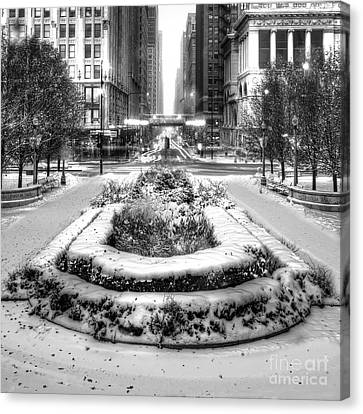 Downtown Chicago In Winter Canvas Print by Twenty Two North Photography