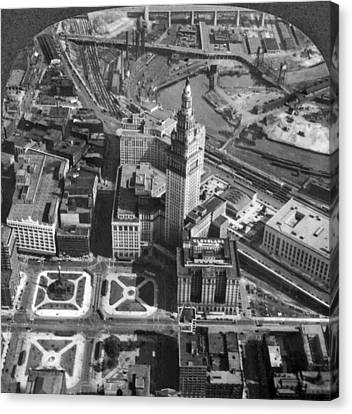 Downtown Cleveland In 1929 Canvas Print by Underwood Archives