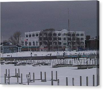 Canvas Print featuring the photograph Downtown Menominee by Jonathon Hansen