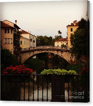 Downtown Vicenza Canvas Print
