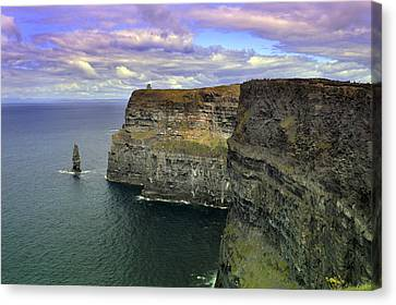 Dramatic Cliffs Of Moher. Canvas Print by Terence Davis