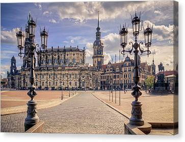 Dresden Theaterplatz Canvas Print by Steffen Gierok