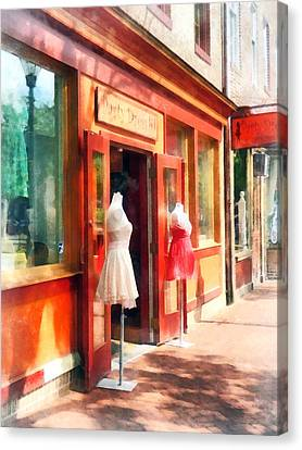Dress Shop Fells Point Md Canvas Print by Susan Savad