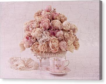Canvas Print featuring the photograph Dried Peony Still Life by Sandra Foster