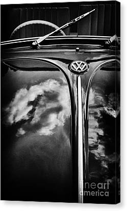 Front End Canvas Print - Dub Hood   by Tim Gainey