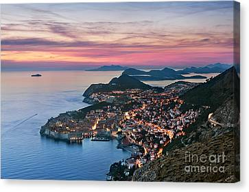 Dubrovnik Canvas Print by Rod McLean
