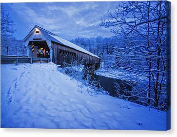 Dummerston Bridge In Winter Canvas Print by Tom Singleton