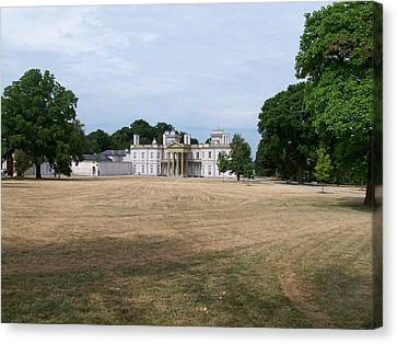 Dundurn Castle Canvas Print by Lisa Young