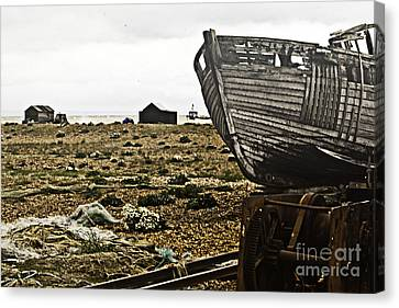 Dungeness Landscape Canvas Print by Lesley Rigg