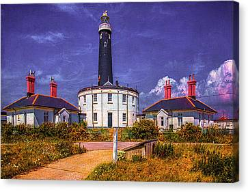Canvas Print featuring the photograph Dungeness Old Lighthouse by Chris Lord