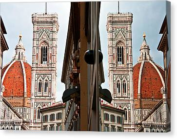 Duomo And Reflection Canvas Print